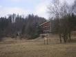 zpustlé rekreační středisko v těsné blízkosti Bělé